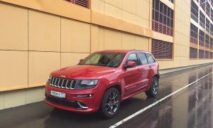 Тест-драйв Jeep Grand Cherokee SRT: жрет — значит любит